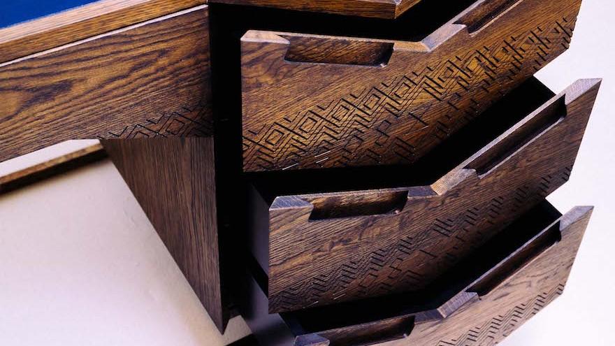 4-mvelo-desk-photo-michelle-reynolds