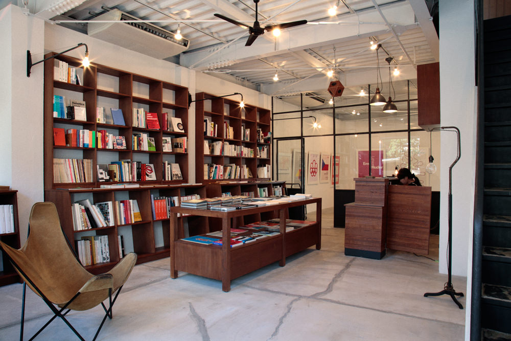 bookandsons_01