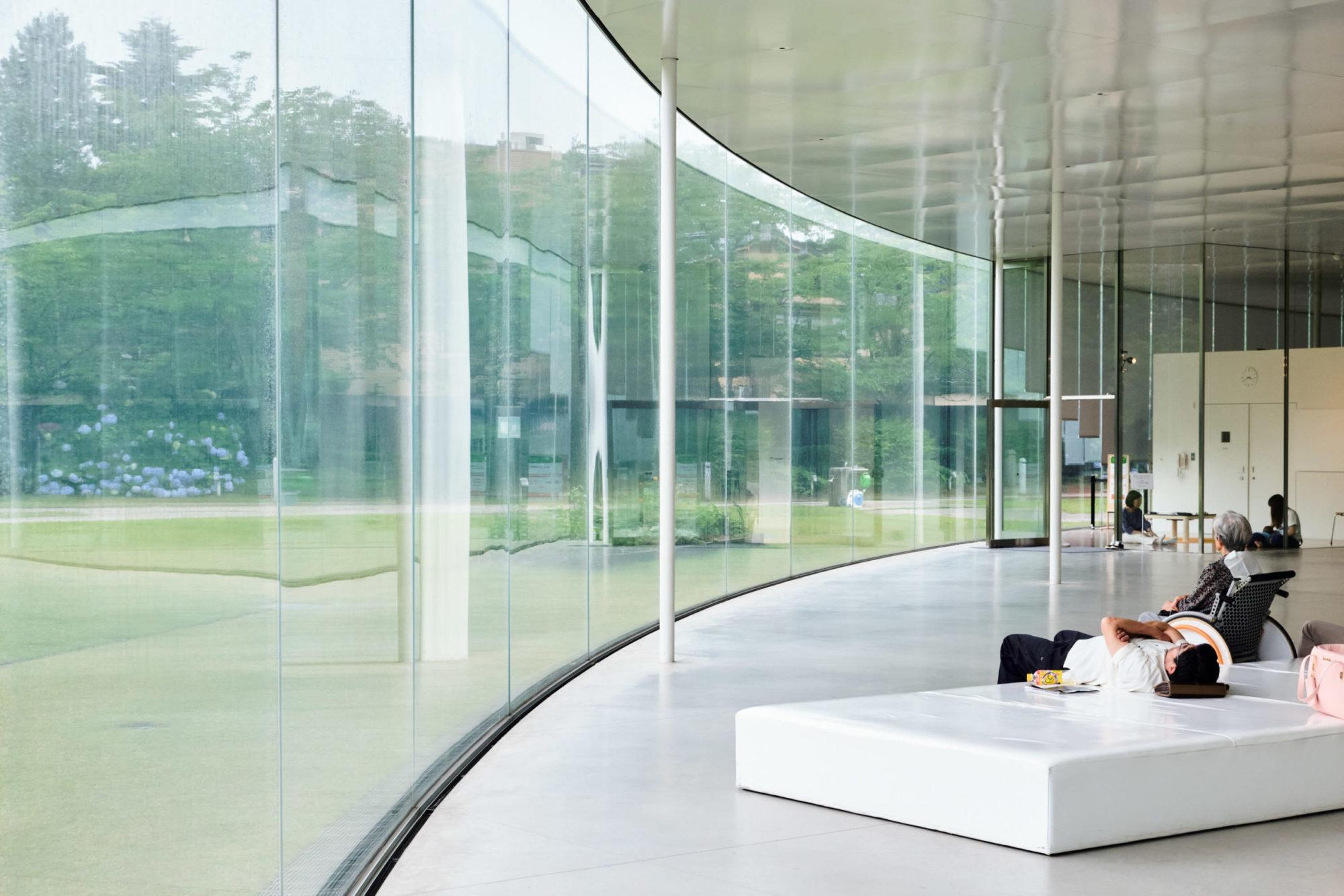 sanaa-kazuyo-sejima-ryue-nishizawa-august-fischer-21st-century-museum-of-contemporary-art-kanazawa copy 2